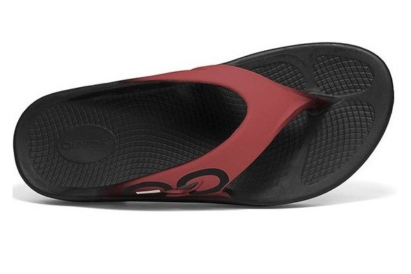 3ea29d00c51b Bowlers Barn - OOFOS Original Sport Thong Black Marsala. Bowls Australia  Approved.